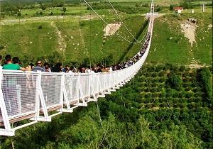 افزایش 3 برابری گردشگران در پل معلق مشگینشهر