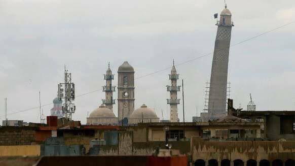 آتش جنگندههای عراقی و عاقبت کارخانه ساخت بمب تروریستها در تلعفر!/ حلقه محاصره داعش در مسجد