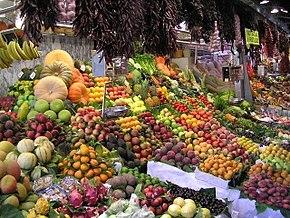 حیف و میل میوه ها در وانفسای گرانی / میوه هایی که زباله می شود