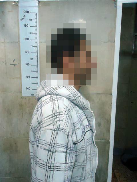 اذیت و آزار زنان توسط مرد شیطان صفت در پراید 141 + عکس