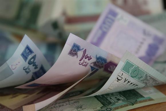 بانک مرکزی افغانستان اسکناس های پلاستیکی چاپ می کند