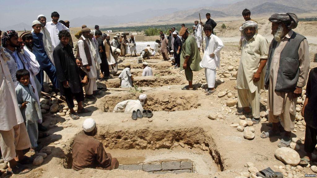 ناتو: درباره تلفات غیر نظامیان در حمله هوایی ننگرهار تحقیق می کنیم