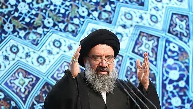 نماز عبادی-سیاسی جمعه 15 دی به امامت آیت الله خاتمی در مصلی تهران اقامه میشود