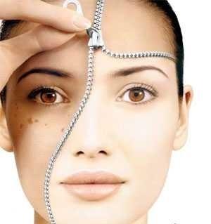 با این مواد طبیعی پوست خود را درخشان کنید