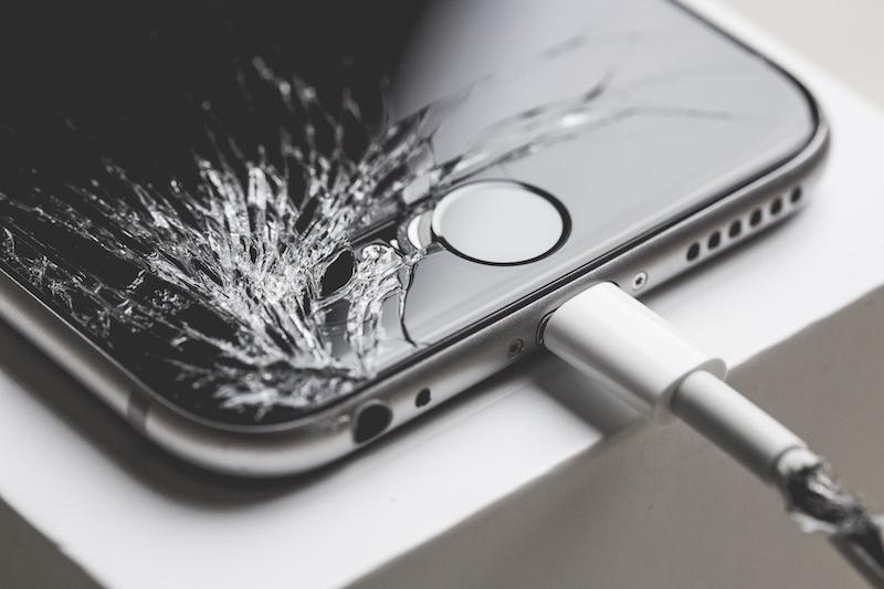 کمهزینهترین گوشیهای سال 2017 در هنگام تعمیر کدام هستند؟