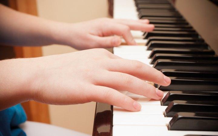 1-گوش دادن به صدای زیر پیانو و زمزمه کلید افزایش سرعت مغز در سالمندی2-افزایش سرعت مغز درسالمندی با گوش دادن به این طیف خاص از صدا3-افزایش سرعت مغز در سالمندی با گوش دادن به نوع خاصی از صدا