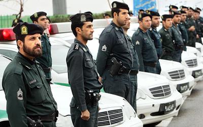 چرا نیروی انتظامی در ناآرامی های اخیر دست به اسلحه نشد؟