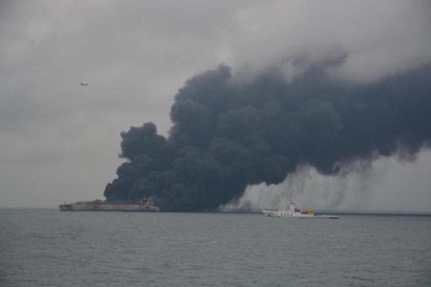 در پی برخورد دو کشتی در آبهای چین، ۳۰ ایرانی ناپدید شدند