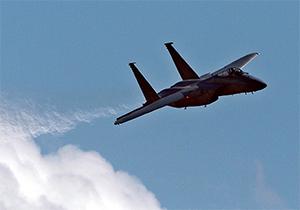 فیلم سرنگونی جنگنده سعودی توسط نیروی هوایی یمن