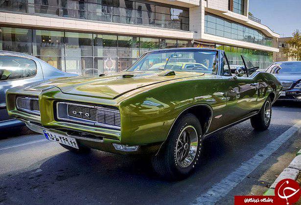 خودروی گرانقیمت آمریکایی در تهران