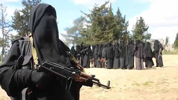 ناگفتههای مادمازل فرانسوی داعش با چهره بدون نقاب!+فیلم