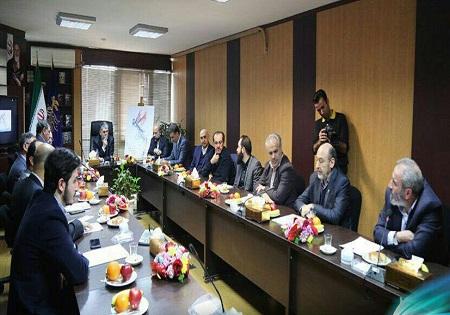 حضور وزیر فرهنگ و ارشاد اسلامی در دبیرخانه جشنواره فیلم فجر