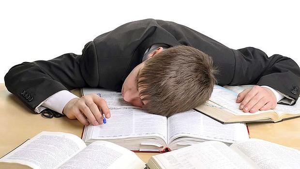 با این ترفندها انرژی و انگیزه خود را برای امتحانهای پایان ترم افزایش دهید