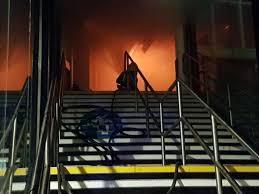 وقوع آتشسوزی در ایستگاه قطار ناتینگهام در بندر لیورپول