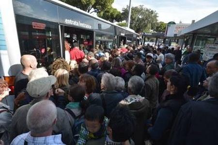 اعتصاب کارکنان بخش حمل و نقل عمومی در ایتالیا