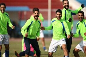 غیبت محسن کریمی در تمرین استقلال