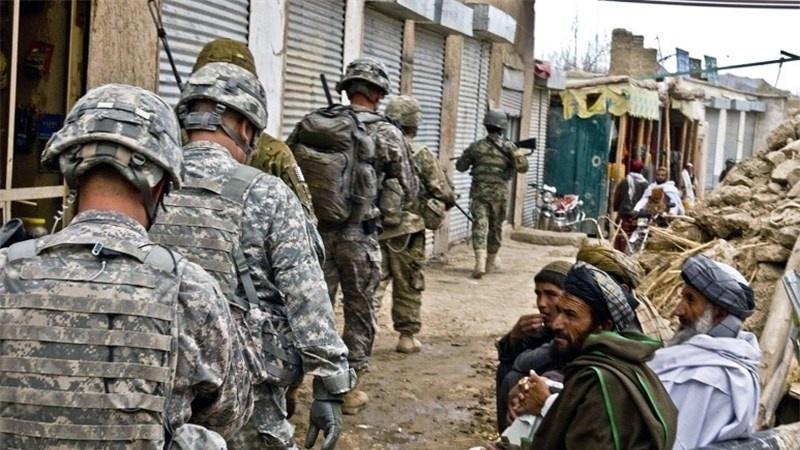 آمریکا هزار مستشار نظامی به افغانستان اعزام میکند