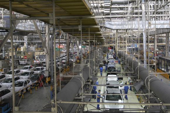خودروهایی که تولید آنها تا نابستان 97 توقیف میشود