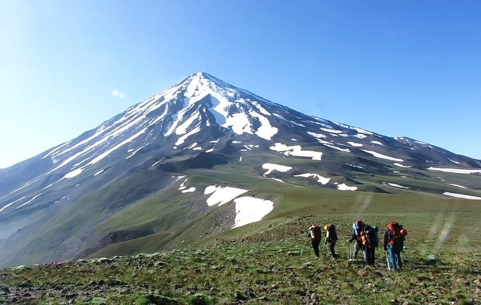 فتح قله های مرتفع ، توسط هيئت كوهنوردی پليس كرمان