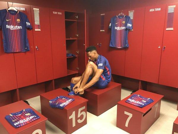 دانلود؛ اولین روز یری مینا در باشگاه بارسلونا