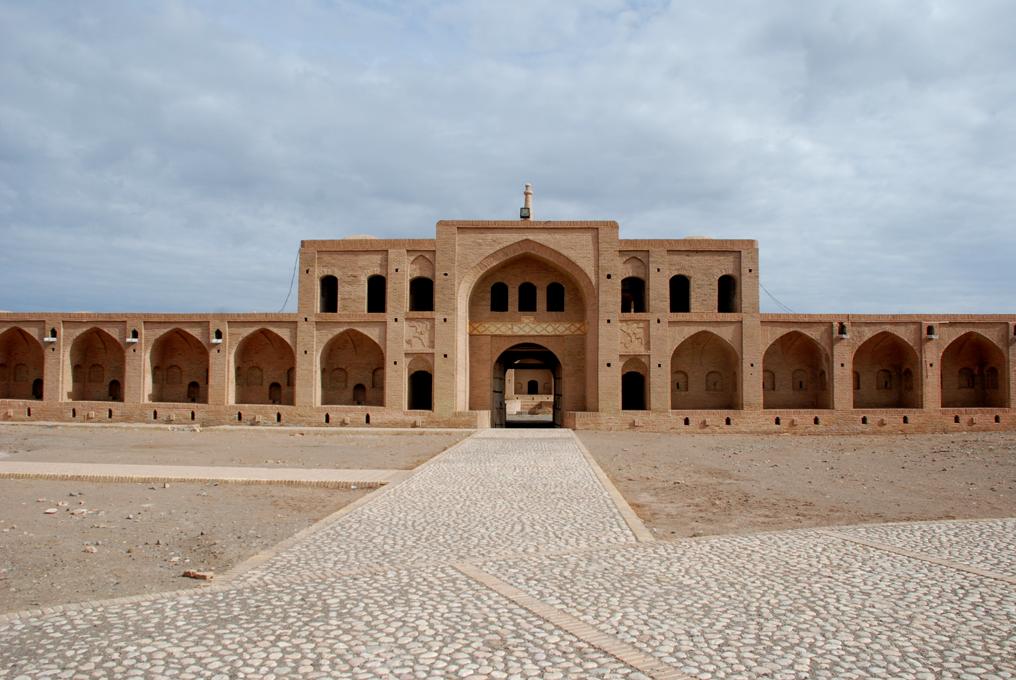 تیغ دو لبه واگذاری بناهای تاریخی به شهرداریها + صوت