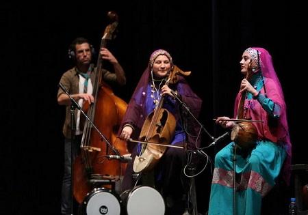 گروه رستاک در تالار وحدت روی صحنه رفت/ اجرای قطعه ای به یاد زلزله زدگان کرمانشاه