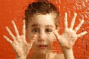 والدین کودکان اوتیسم چشمانتظار حقوق شهروندی/ از هر 65 تولد یک نوزاد مبتلا به اوتیسم داریم