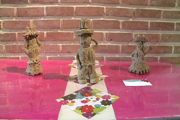 افتتاح نمایشگاه هنری به رنگ ساوالان در اردبیل