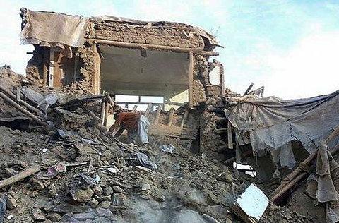 كمك های مردمی به زلزله زدگان در حساب سلبريتی ها سود ميخورد