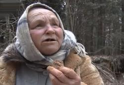 پیرزنی که با شیوه ابداعی و عجیب خود سرطانش را درمان کرد +فیلم