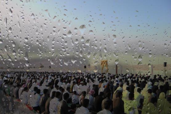 نماز باران چگونه است؟