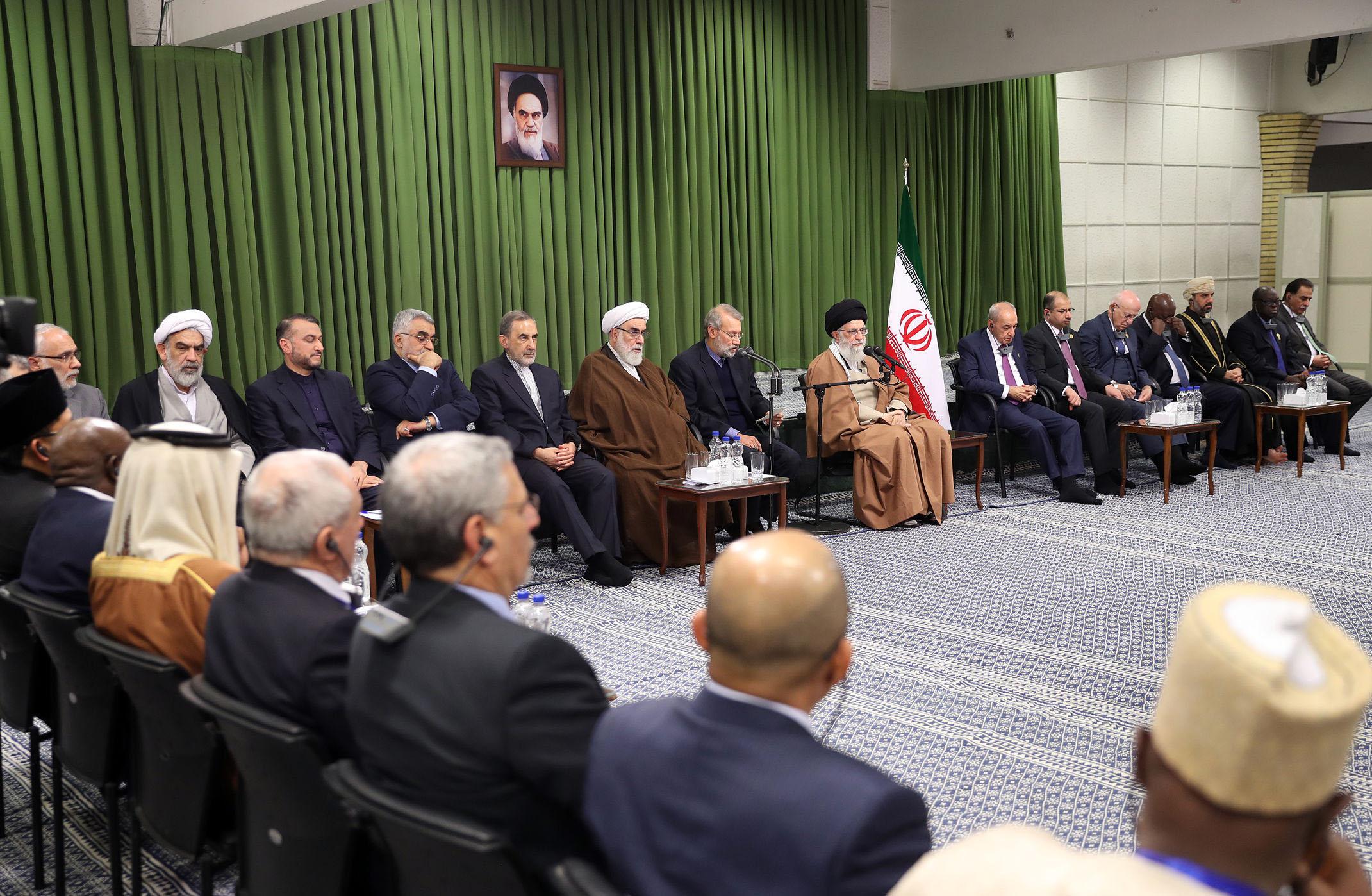 دیدار شرکتکنندگان در کنفرانس اتحادیه بین المجالس با رهبر انقلاب