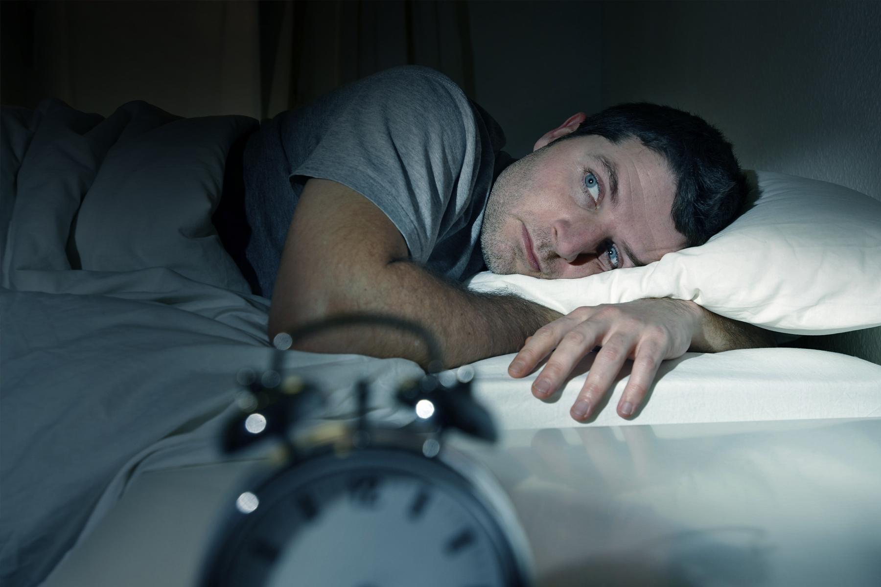 راهکار های استراحت و خواب عمیق برای زمانی که مشغله ذهنی دارید