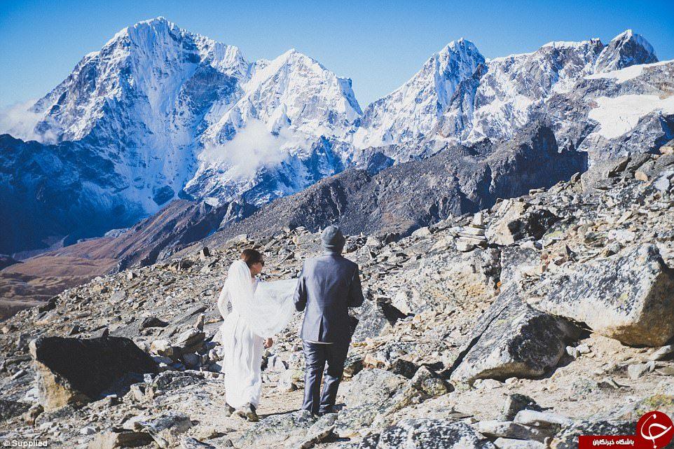 سبک متفاوت یک زوج برای برگزاری مراسم ازدواج+تصاویر