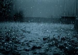 باد و باران در انتظار قمی ها