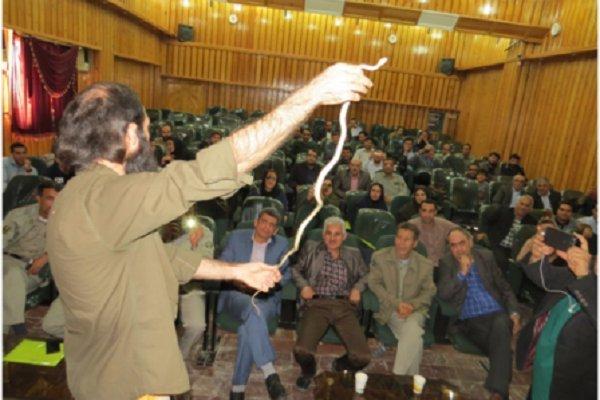 کارگاه آموزشی آشنایی با خزندهها در بوشهر برگزار شد