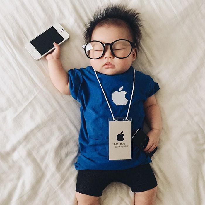 پایان نیوز: ایده های جذاب مادر ژاپنی برای عکاسی از فرزندش در خواب+تصاویر