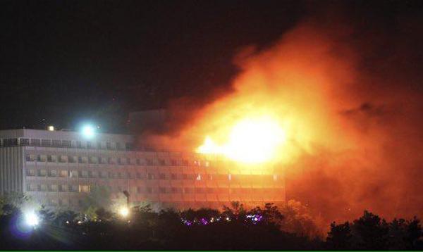 حمله انتحاری و مسلحانه به هتل اینترکانتیننتال در کابل