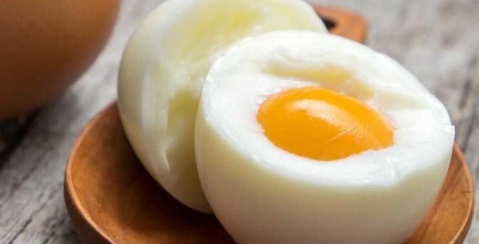 1-تخم مرغ مفیدترین مکمل تغذیهای برای تقویت هوش خردسالان2-با تخم مرغ ضریب هوشی کودکان را افزایش دهید3-تخم مرغ مفیدترین مکمل تغذیهای در دوران خردسالی