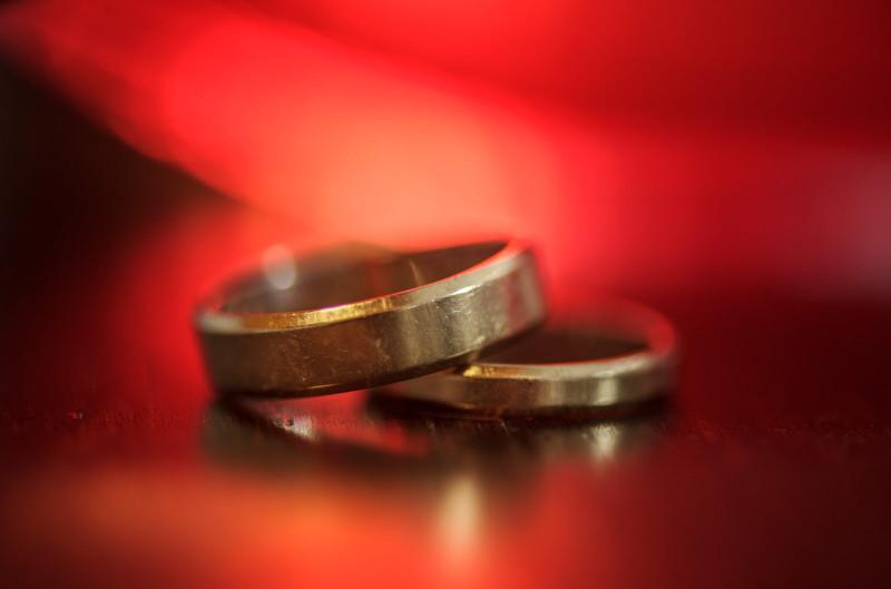 تجارت سیاه/ معرفی دختران خردسال به مردان میانسال برای ازدواج+فیلم