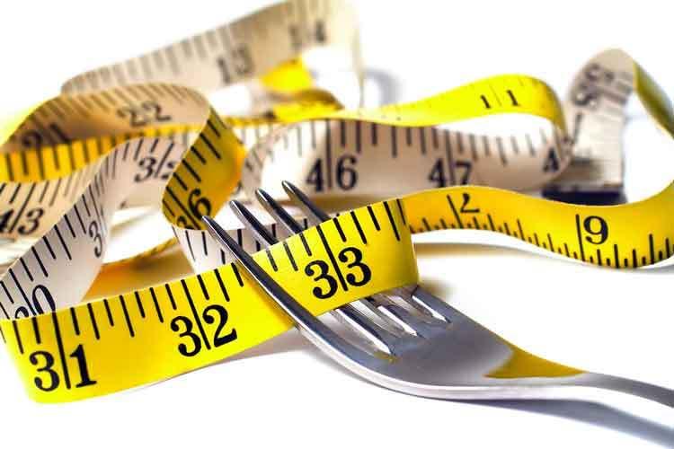 کاهش وزن عجیب دختر 300کیلویی+عکس