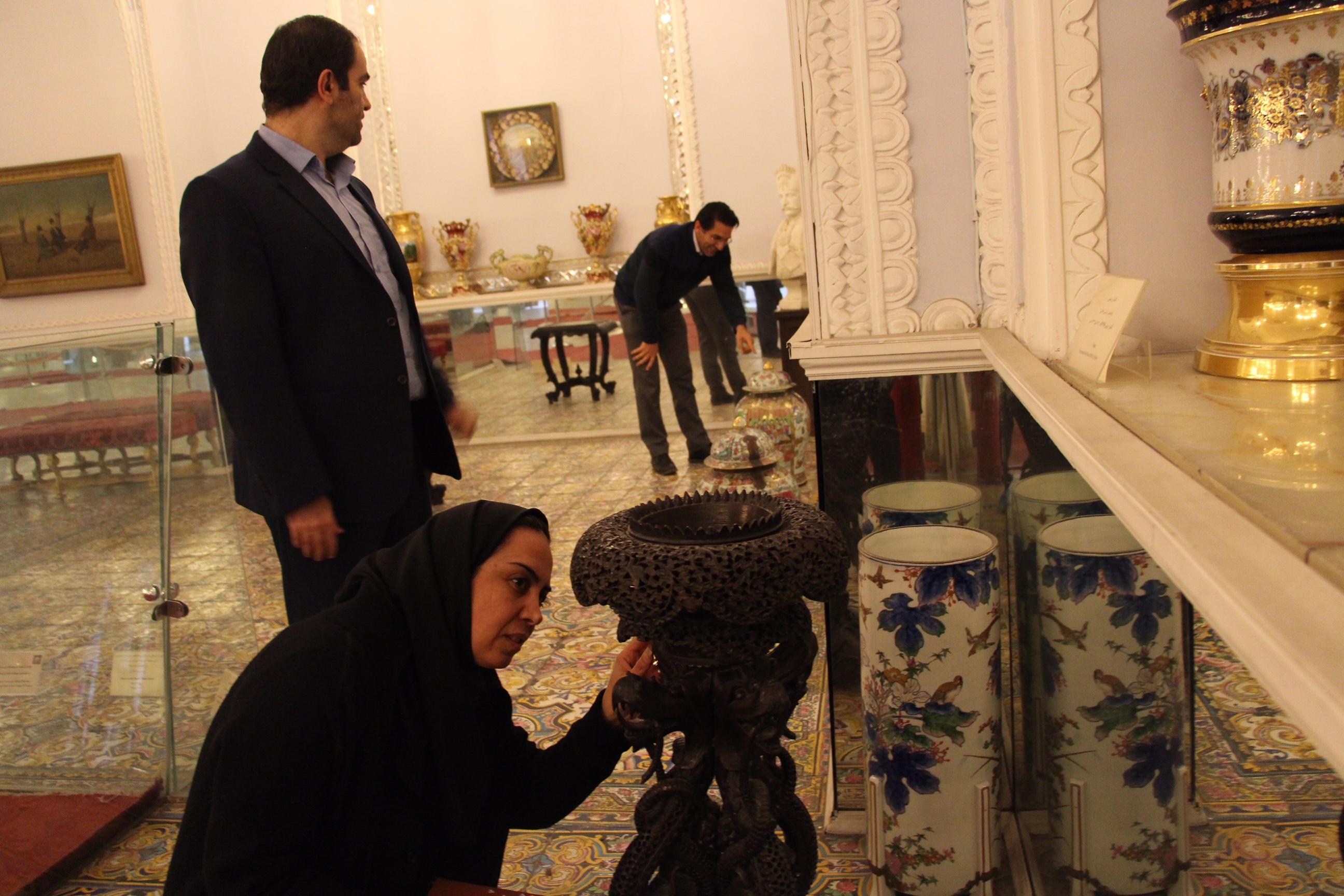 اشیاء موزهای کاخ گلستان به مخازن امن منتقل میشود
