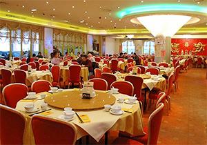 انزوای دورهمیهای ایرانی در حضور مهمانیهای رستورانی + صوت