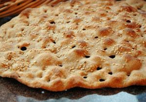 فروش نان بدون فروشنده، آن هم در تهران +فیلم