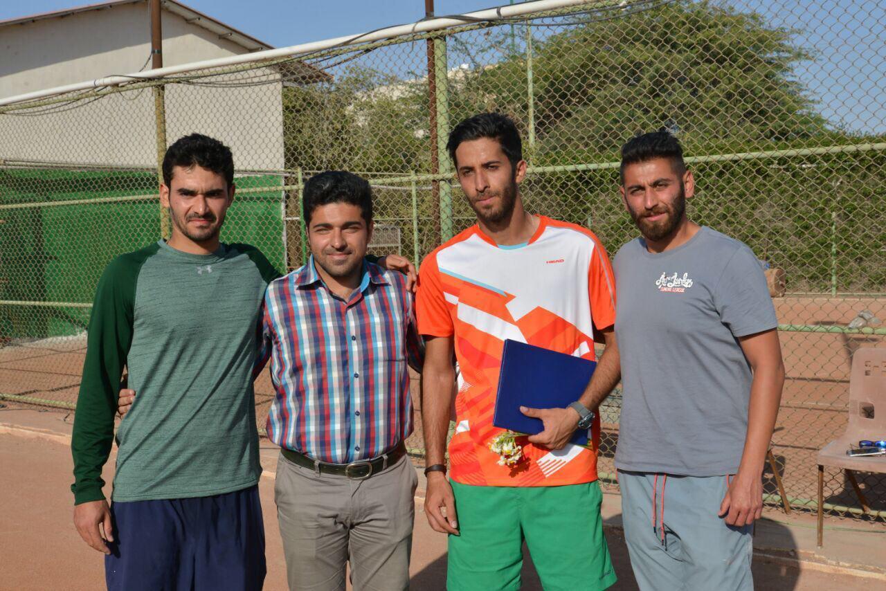 تنیسورهای کرمانی بر سکوهای دوم و سوم رقابت های تنیس آزاد هرمزگان