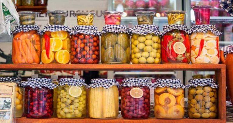 نرخ مصوب انواع شور و ترشی در میادین میوه و تره بار