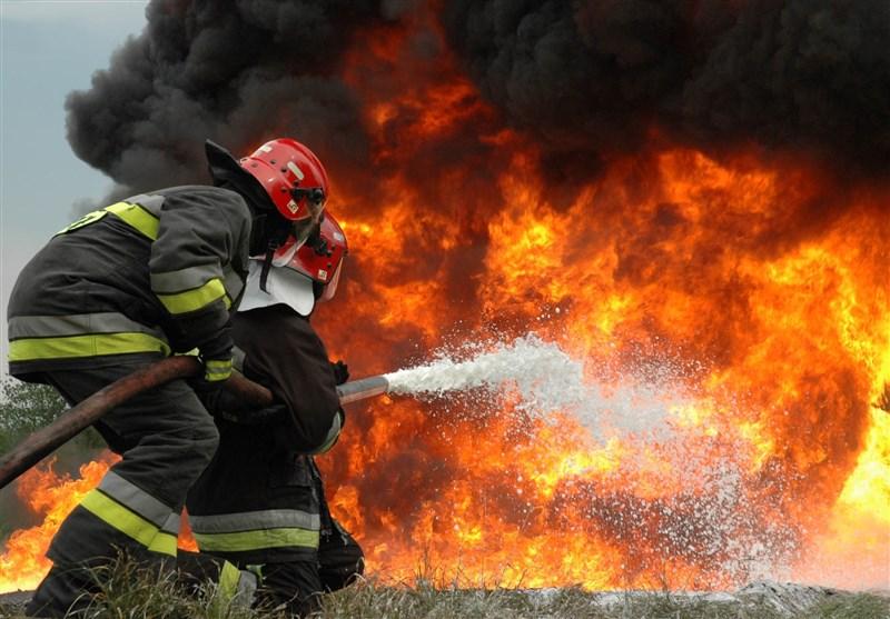 باشگاه خبرنگاران -مهار حریق در پارکینگ ساختمان خیابان ظفر/ نجات ٥٠ نفر از میان دود و آتش