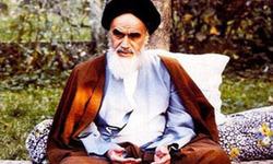 امام خمینی در آخرین روزهای تبعید در پاریس +فیلم