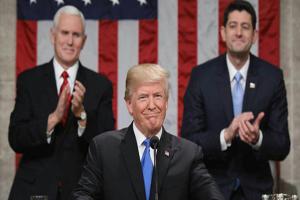 تعریفها و تهدیدهای ترامپ در اولین سخنرانی سالانه خود در کنگره آمریکا