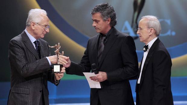 سرمربی تیم ملی فوتبال ایتالیا فوت کرد
